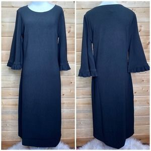 Dainty Jewell's Solid Black Bell Sleeve Dress M